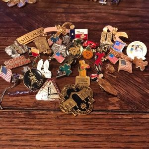 Lot of lapel pins